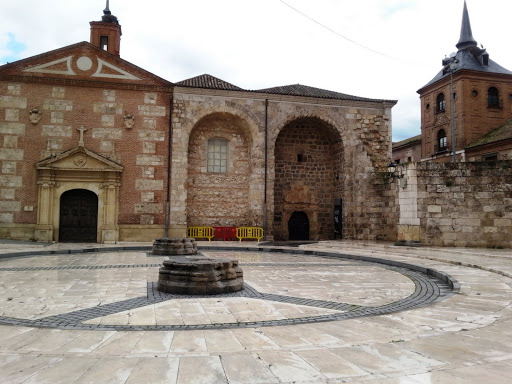 Visiting Alcalá de Henares on the 400th anniversary of the death of Cervantes