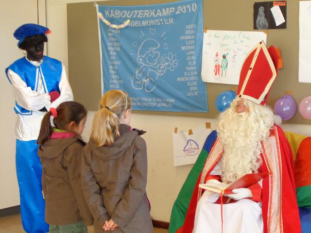 Sinterklaas op de scouts - 1 december 2013 - DSC00195.JPG