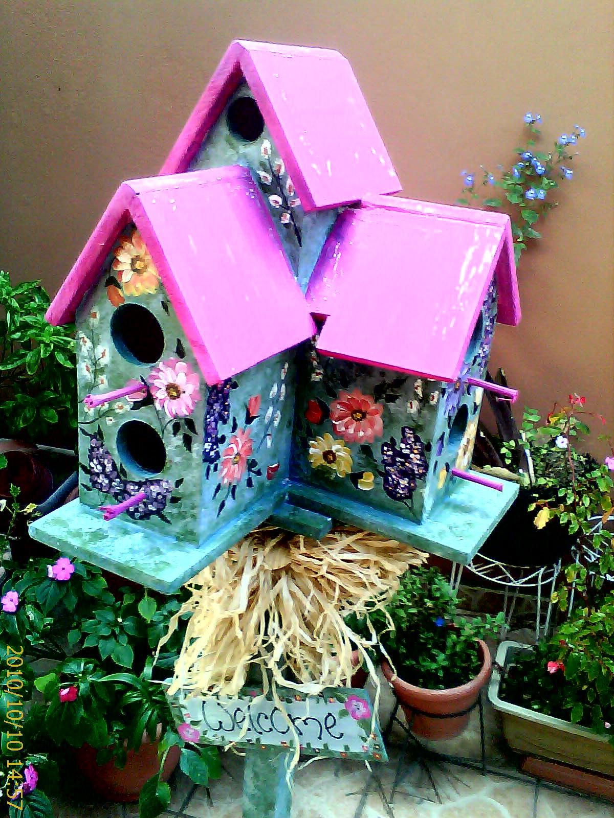 Country houses pajareras y muebles pintados a mano for Muebles pintados a mano