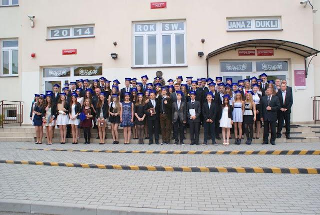 Pożegnanie klas 3 gimnazjum - DSC03184_1.JPG