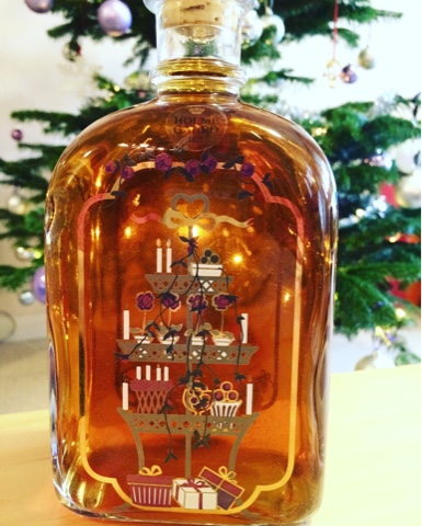Homemade Christmas Gin on What's Katie Doing? Blog