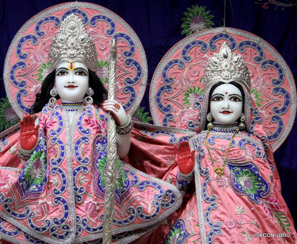 ISKCON Juhu Mangal Deity Darshan on 30th Sep 2016 (8)