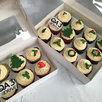 Christmas corporate cupcakes 2.jpg