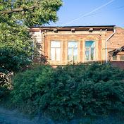 В городе сохранились множество деревянных домов с интересным декором