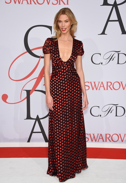 Karlie Kloss attends the 2015 CFDA Fashion Awards
