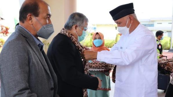 Gubernur Berharap Dukungan Komisi IX DPR RI Dalam Penanganan Covid19 di Sumbar