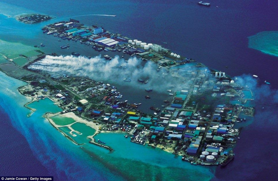 thilafushi-island-7