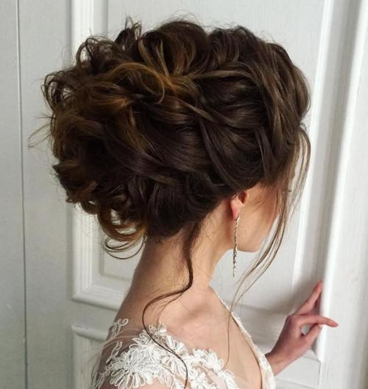 Wedding Updo Hairstyles 2018-2019 for Brides 1