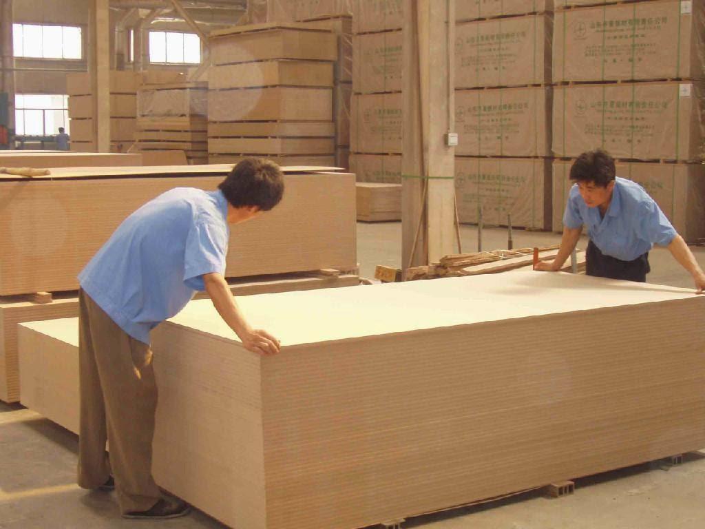 Xưởng sản xuất nội thất từ gỗ công nghiệp MDF, MFC