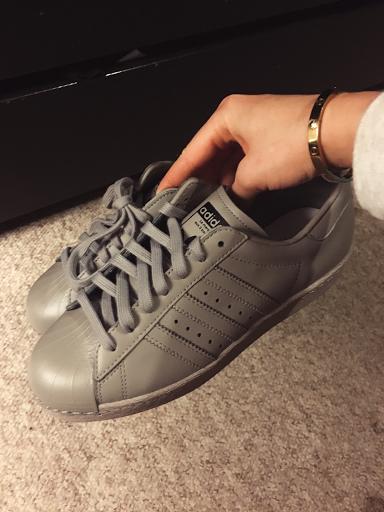 adidas superstar grey feather