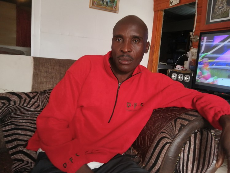Richard Chinembiri's eyesight has been affected since he drank homemade beer. His brother and five other men have died, apparently from methanol poisoning.