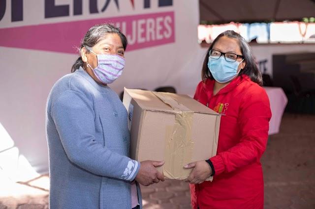 """Reconoce beneficiarias de """"Supérate  Mujeres"""" respaldo del DIF Estatal"""