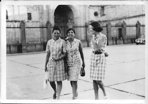 Cristina, Juani y yo en la Catedral de Zamora