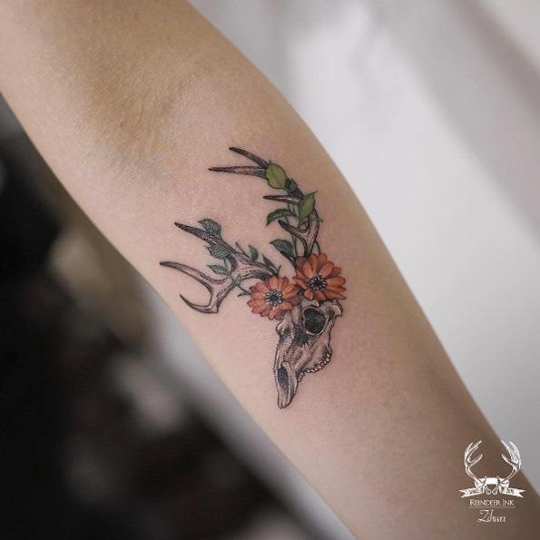 esta_caveira_com_flores