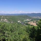 Le plateau de Coupon et le Grand Luberon depuis les Hautes-Courennes (550 m), Saint-Martin-de-Castillon (Vaucluse), 18 juin 2015. Photo : J.-M. Gayman