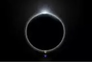 mitos aneh ketika gerhana matahari terjadi