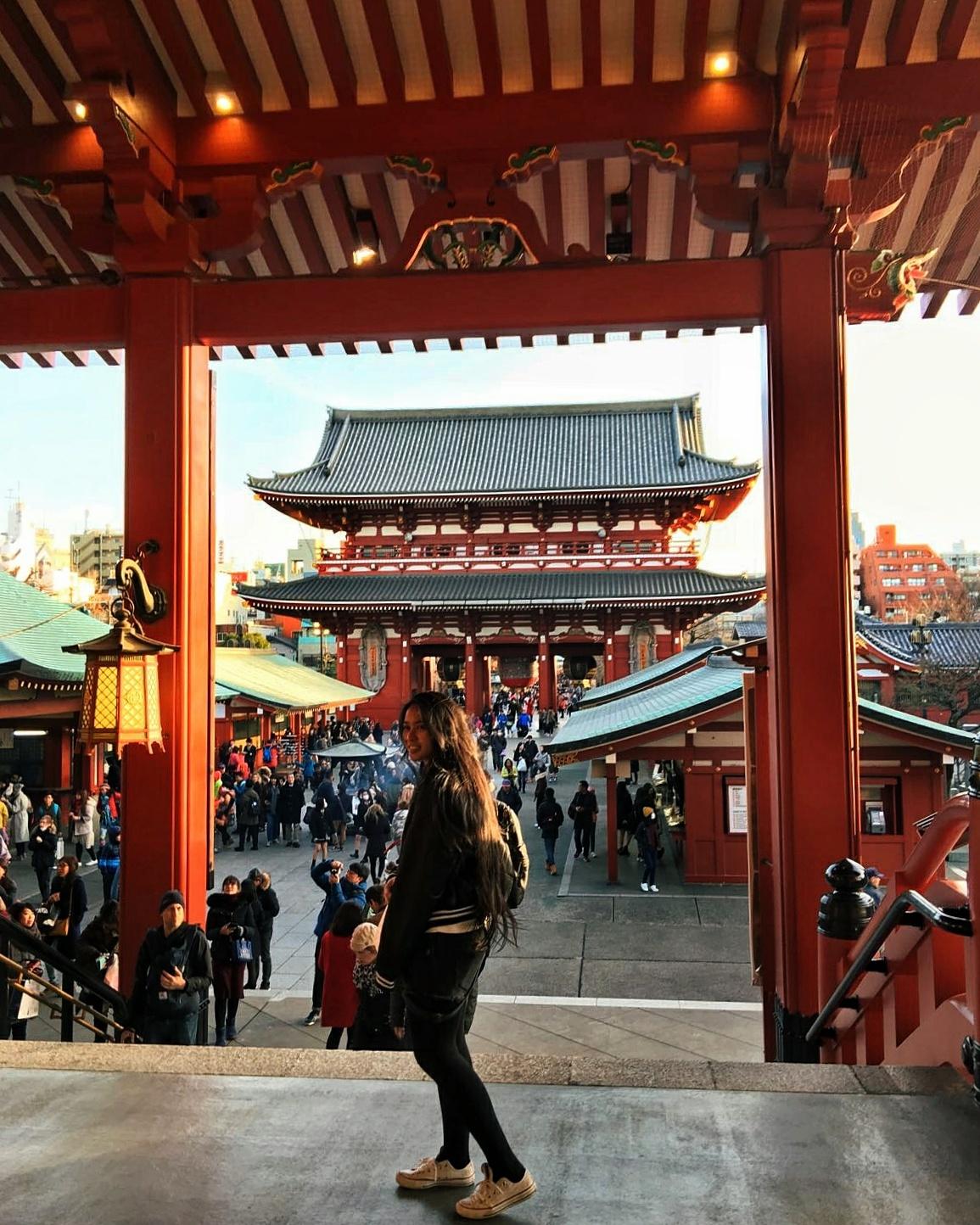 sensoji buddhist temple japan tokyo
