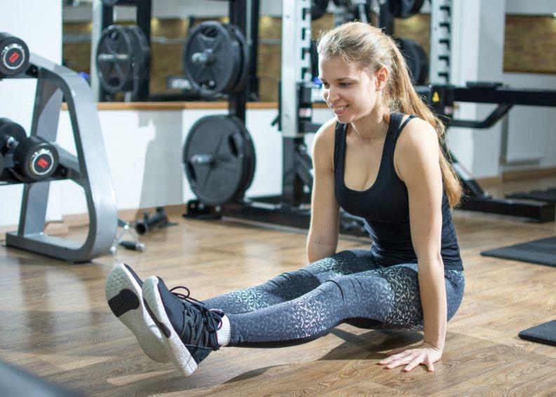 exercicio-l-sit-abdominal-0218-1400x1000