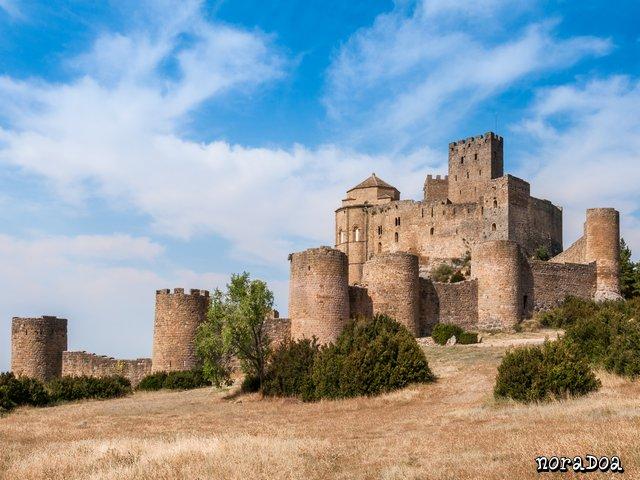 castillo_loarre_03.jpg