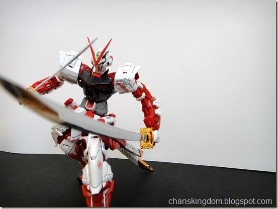 MBF-P02 Gundam Astray Red Frame -025