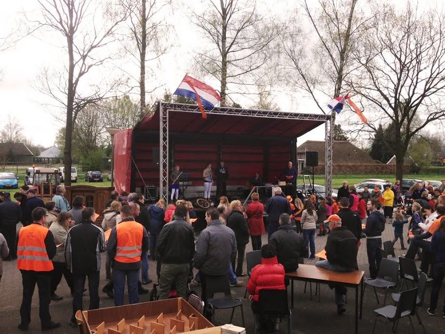 Oranjemarkt 2013 - foto.JPG