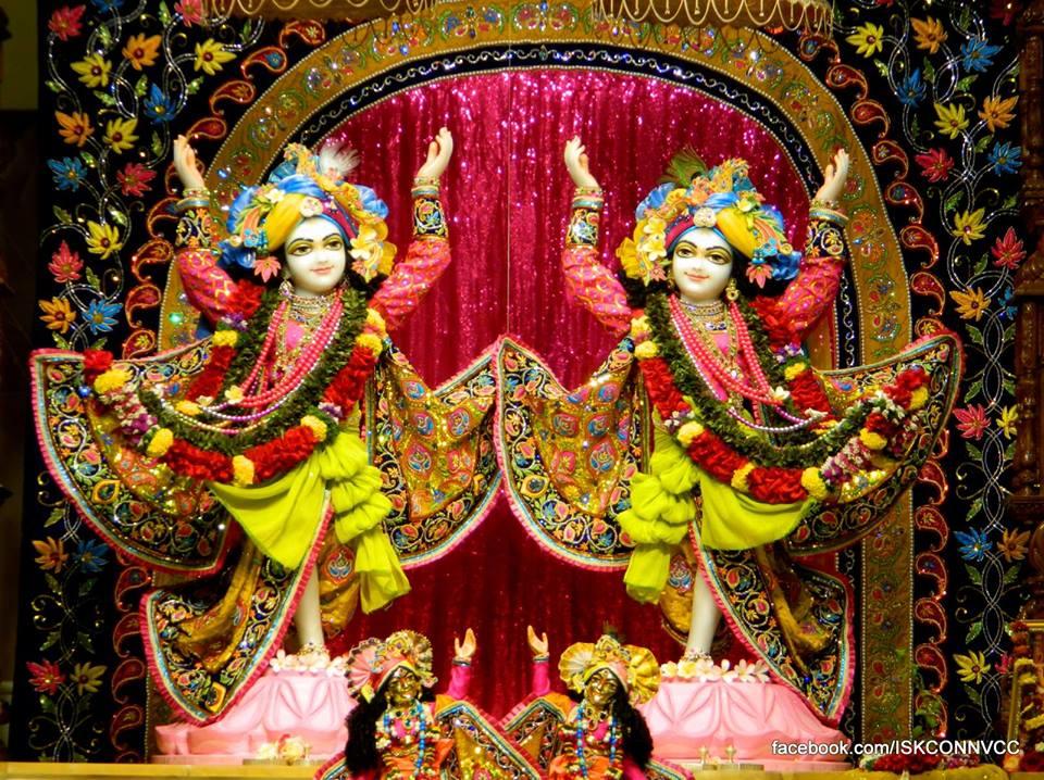 ISKCON Pune Deity Darshan 21 Dec 2015  (5)