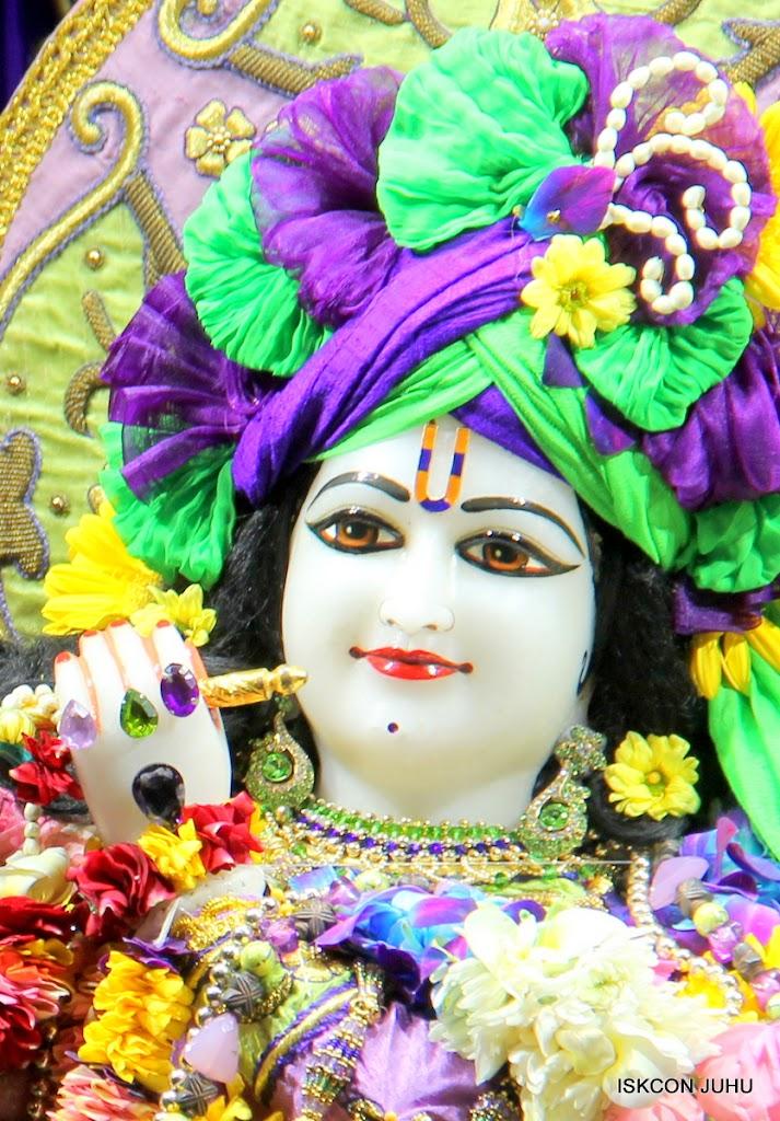 ISKCON Juhu Sringar Deity Darshan 11 Jan 2016  (17)