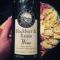 blackbeer and raisin wine