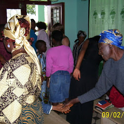 Sunday Praise & Worship Service