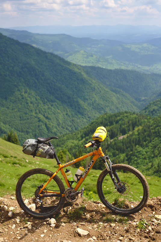 Bicicleta de expeditie, Simplonul de 14 ani al Mihaelei.