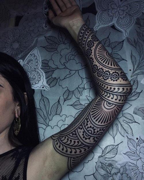 esta_linda_henna_inspirado_manga_tatuagem