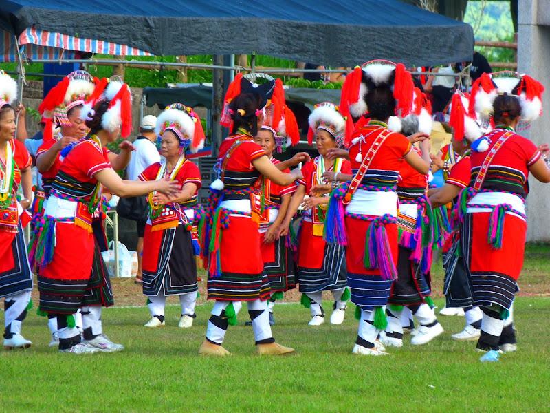 Hualien County. Liku lake. Danses Amis J 2 - liyu%2B2%2B479.JPG