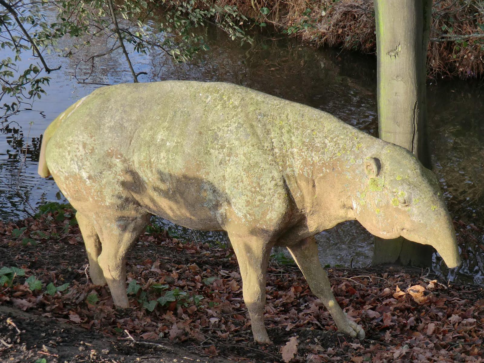 CIMG9761 Palaeotherium, Crystal Palace Park