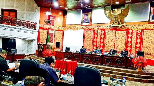 DPRD dan Pemerintah Provinsi Tetapkan APBDP-2021