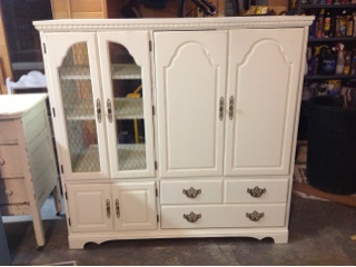 it 39 s distressing shabby chic entertainment center upcycle. Black Bedroom Furniture Sets. Home Design Ideas