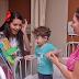 Estudo mostra benefícios de contar histórias para crianças
