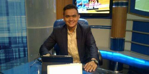biodata valentino simanjuntak komentator sepakbola indonesia paling top