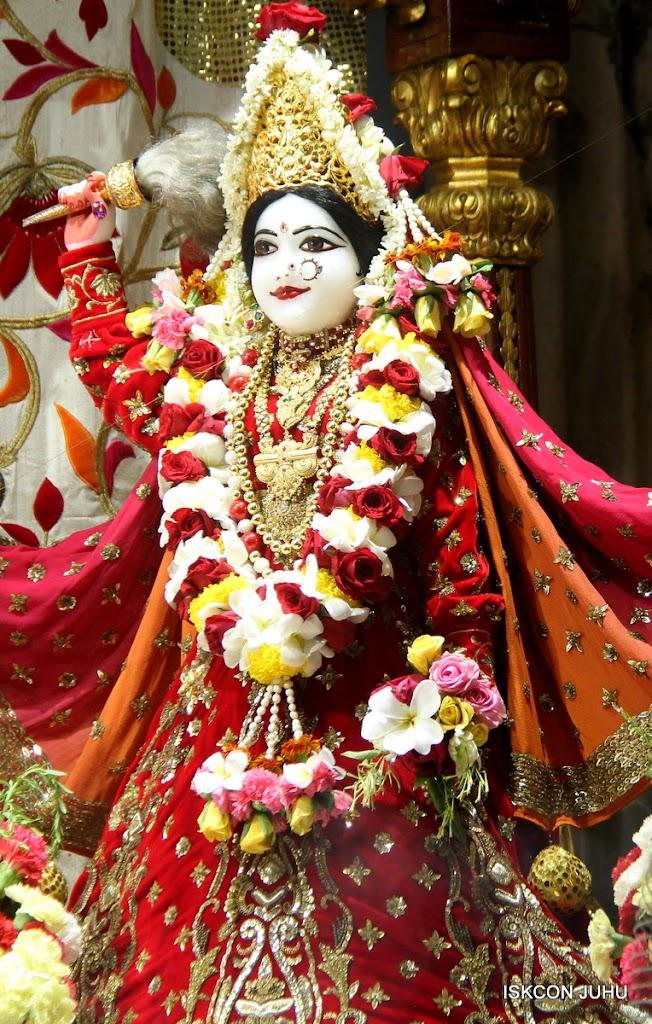 ISKCON Juhu Sringar Deity Darshan on 28th June 2016 (17)