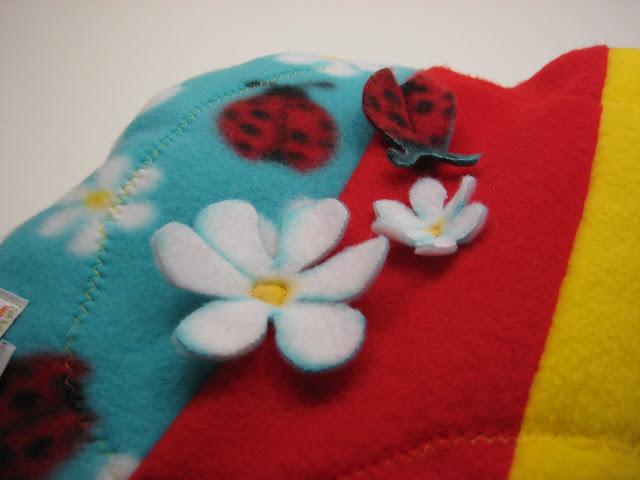 Scrappy floating ladybugs & flowers Soaker Large