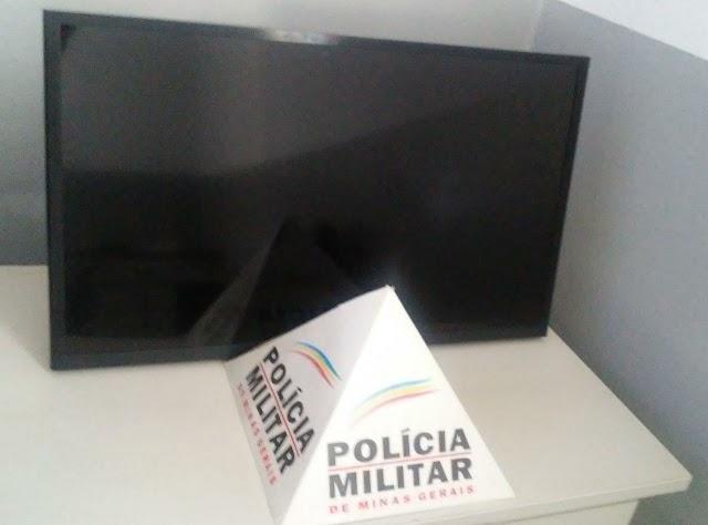 Divino: Bandidos invadem casa de idosa e levam TV e outros objetos pessoais