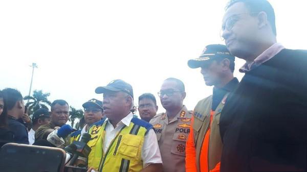 Silang Pendapat Menteri Basuki dan Anies soal Normalisasi Ciliwung