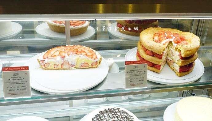 2 HARBS 草莓泡芙蛋糕 FOOD PARC ROYAL QUEEN 草莓 吉祥寺