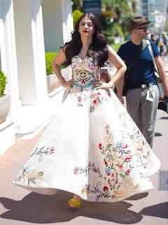 Aishwarya Rai in Gorgeous Flower Print Dress