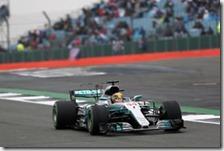 Lewis Hamilton conquista la pole del gran premio di Gran Bretagna 2017