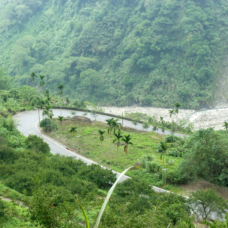 Vers un autre village à côté