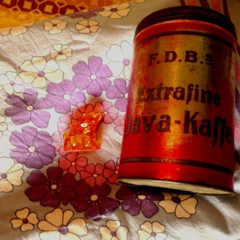 Karolines Retro Ny Kaffe På Gamle Dåser Efterårsæbler Og Smoothie