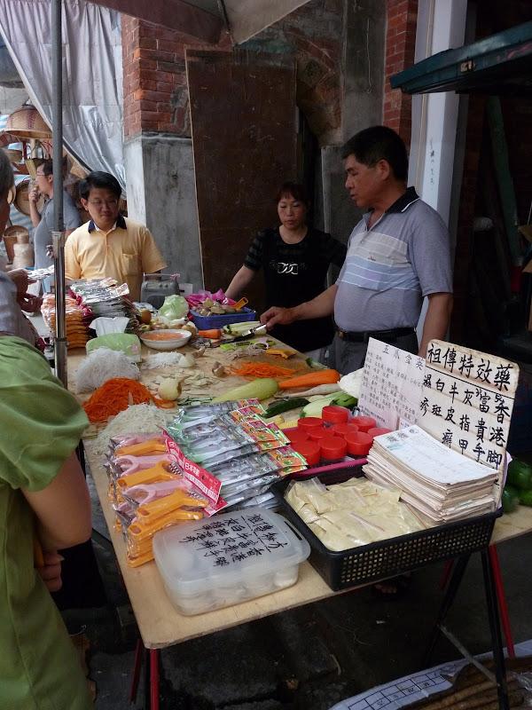 TAIWAN.Shen Keng , dans la banlieue de Taipei - P1090831.JPG