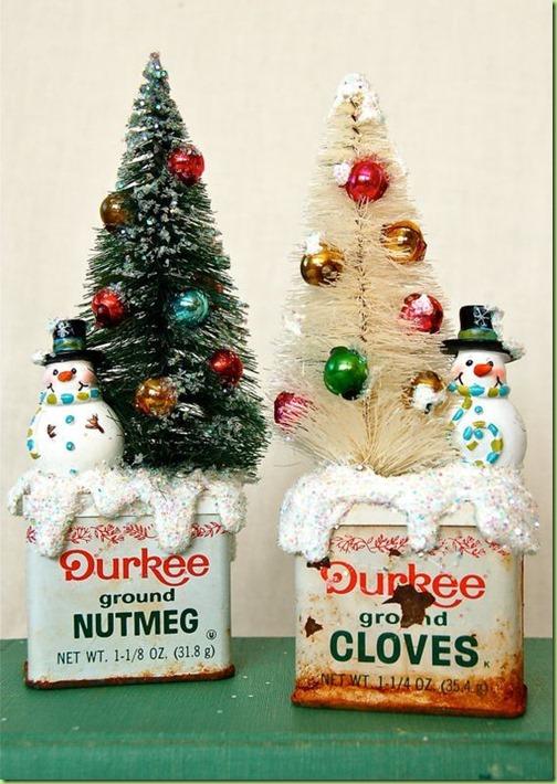 f5696db46124be2379e009b697c6c70e--vintage-christmas-crafts-prim-christmas