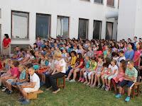 06 Értékelésre várva a Fegyverneki Ferenc Közös Igazgatású Katolikus Iskolában.JPG