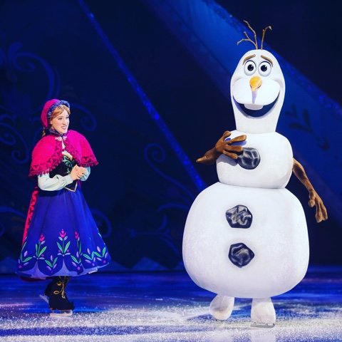 Disney on Ice  frozen show Anna and Olaf